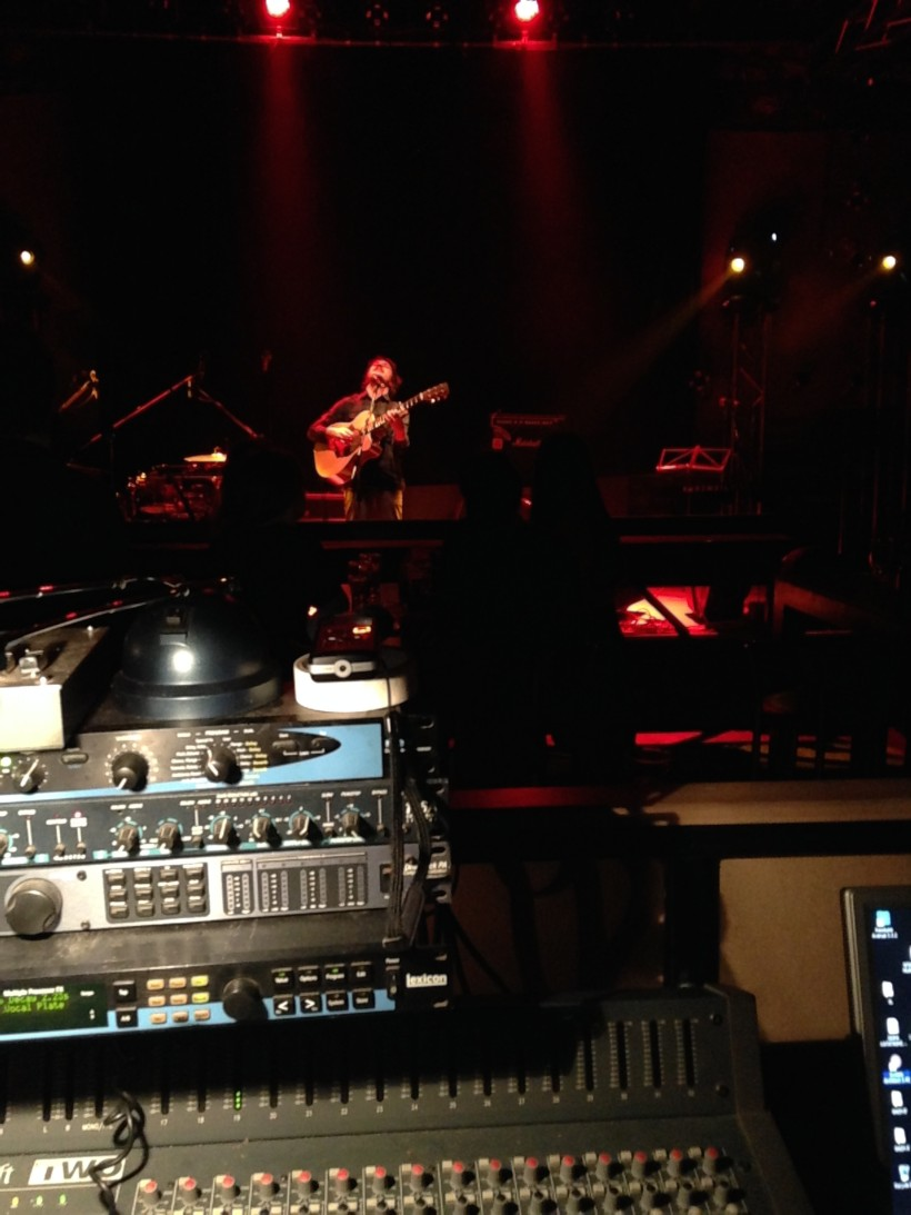 Moa Bones live @ LabArt, Volos