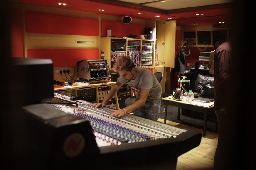 Theodore live recording @ Abbey Road Studio 2, London