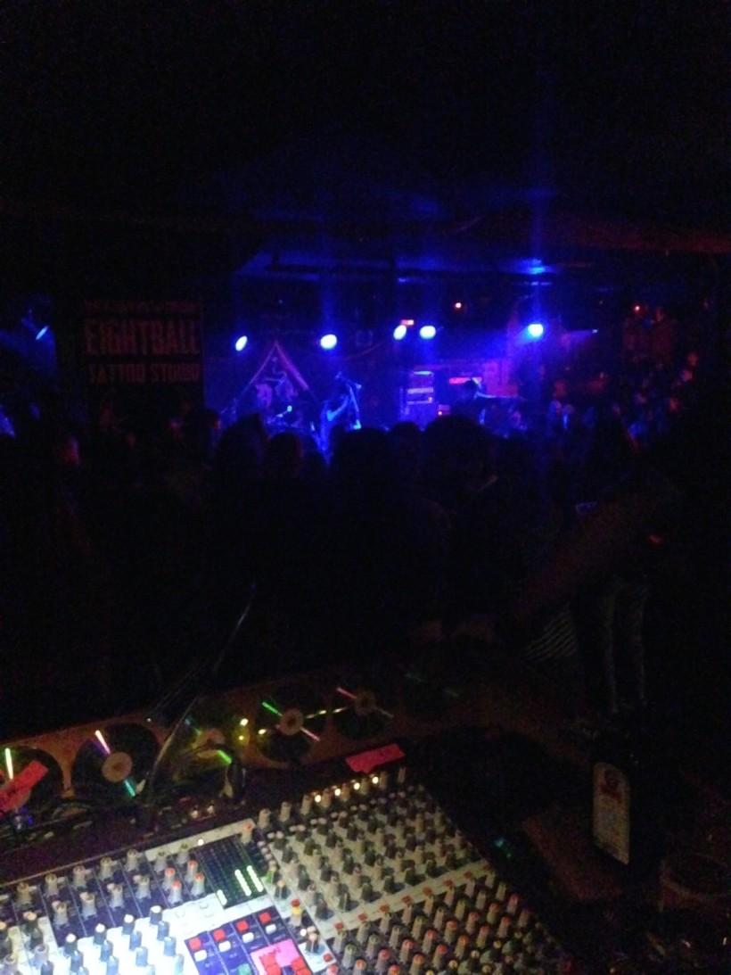 Universe217 live @ An Club