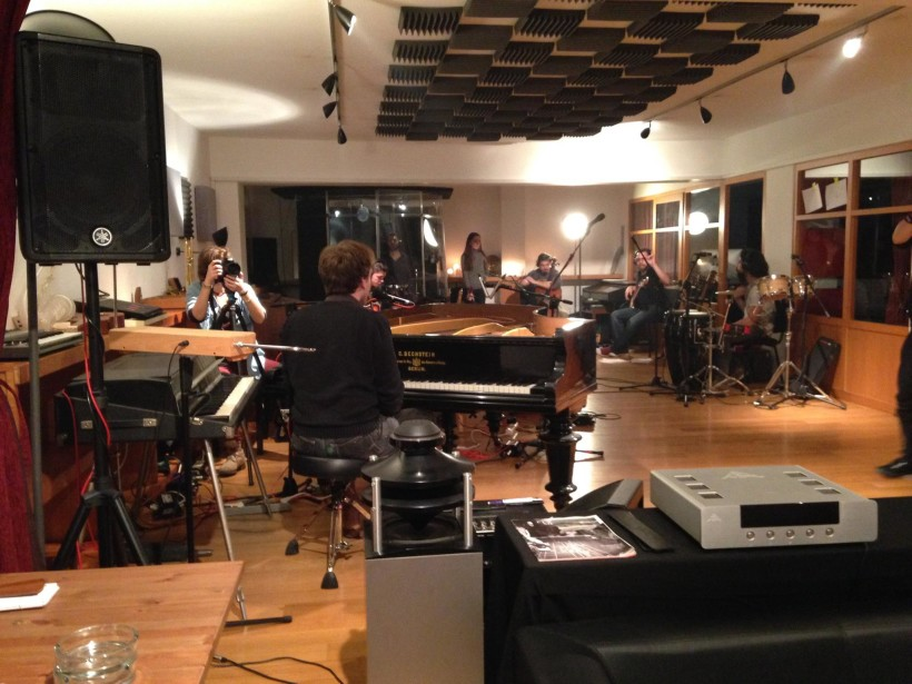 Georges Gaudy studio session – live video